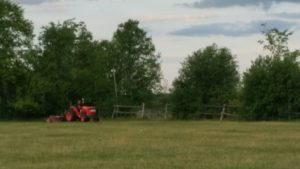 The Manic Oakhurst Mower - Ruth, prepping the course for the Upper Canada Derby.